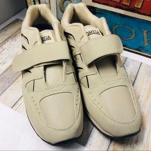 Omega Comfort Zone Orthopedic Sneakers